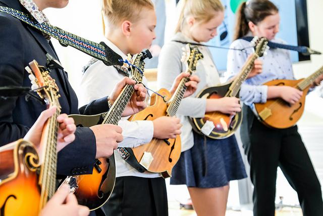 3000 muusikainstrumenti Eesti muusikakoolidesse
