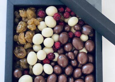 Ärikingitused kinkekarp marjad šokolaadis